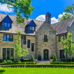 Luxury Antique Looking Home in Thornhill